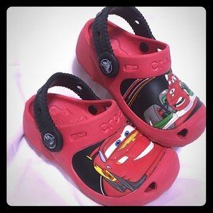 🐊 Crocs🐊 car 🚘 red crocs
